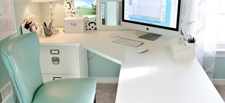 Desk Organization | 10 Ways To Spring Into Organization